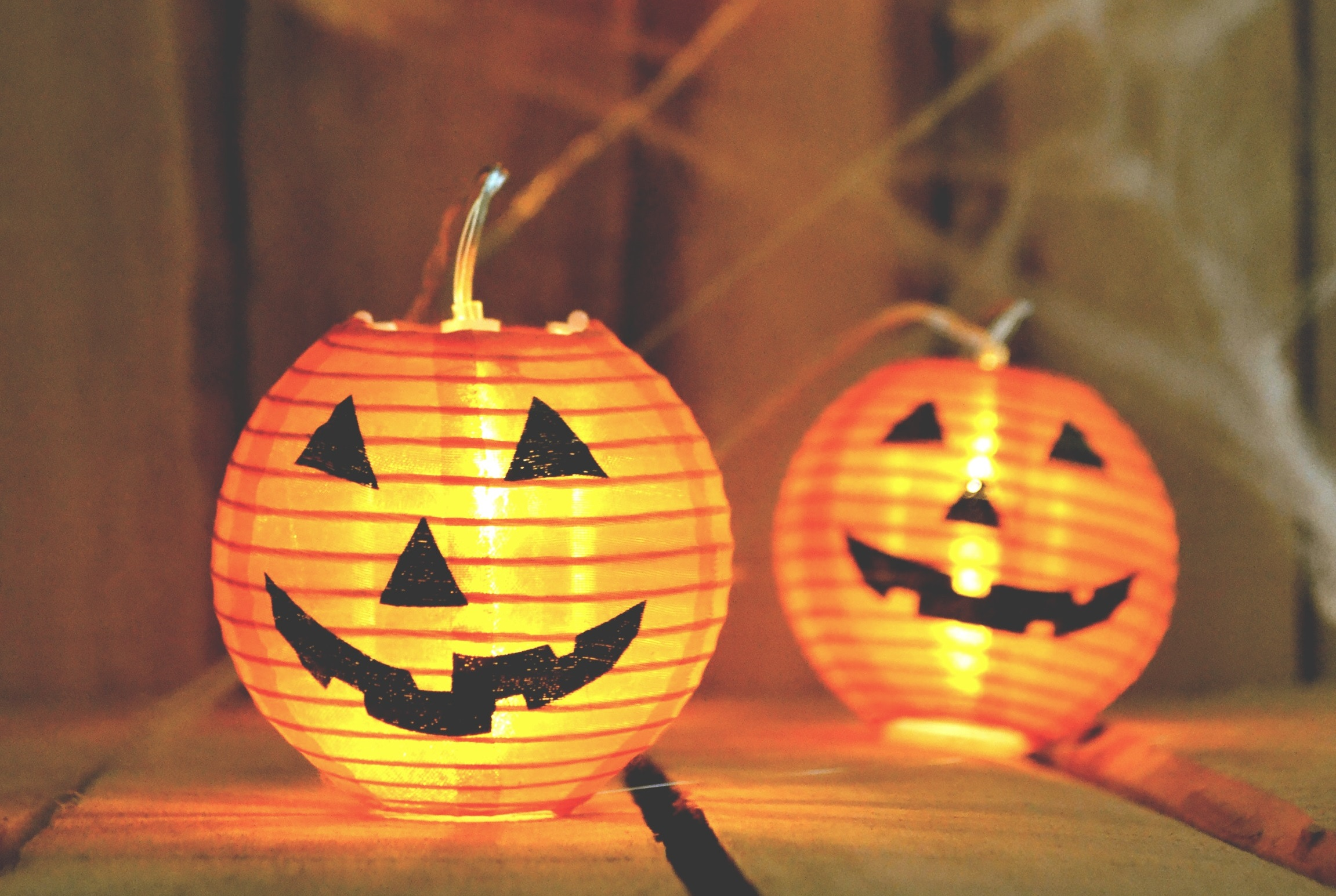 3 spooktastic ways to save money on halloween - bellinis on a budget